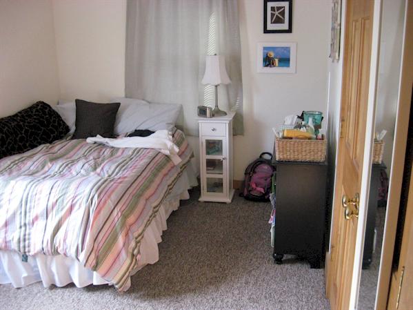 275bedroom